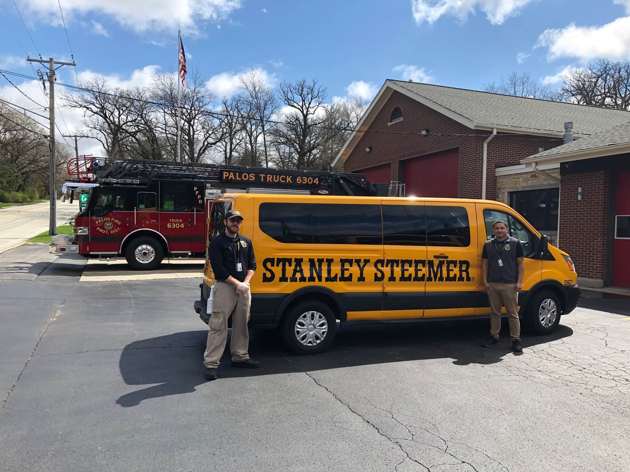 Stanley Steemer technicians finish professional cleaning services in Southeast Chicago