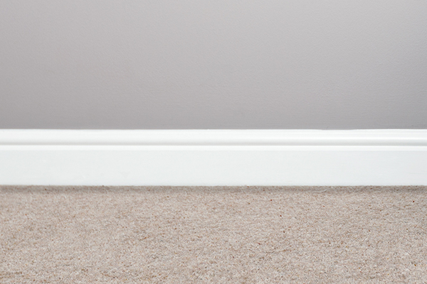 Carpet with dirt filtration line